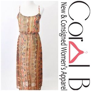 Dresses & Skirts - Aztec Print Maxi Dress