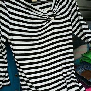 Michael Kors Tops - MICHAEL KORS Black n White long sleeved Shirt