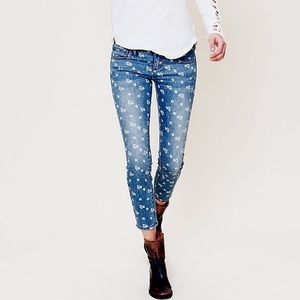 Free People Denim - Free People Floral Ditsy Jeans