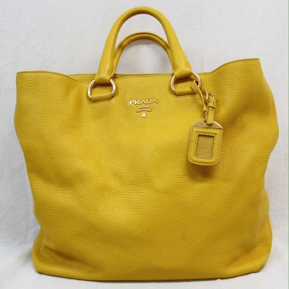 26297c9ca7f4 Authentic Prada Vitello Daino Shoppers Tote Mimosa.  M 550bcfb240a26217c20215d3