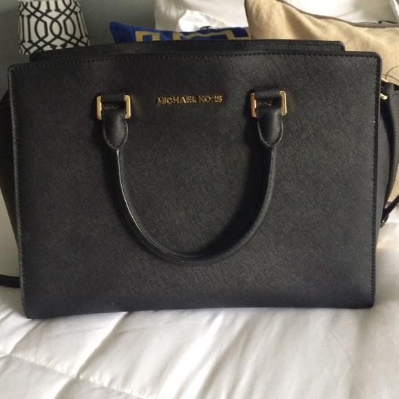 Michael kors Selma large top zip satchel
