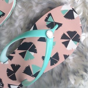 Marc Jacobs Shoes - NEW! MARC Marc JACOBS green jelly flip flop 8 / 38