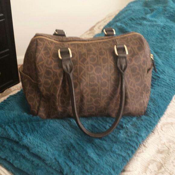 143bc32367e Calvin Klein Bags | Sale Ck Speedy Style Purse | Poshmark