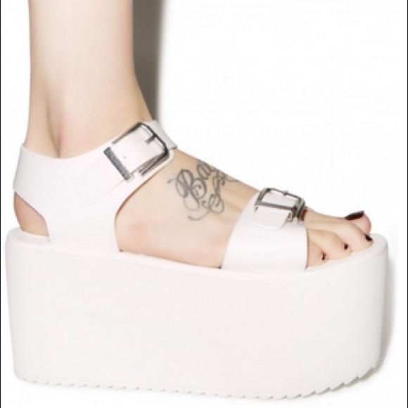 Yru Orion Size White Platform Sandal