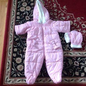 Jackets & Blazers - cute light pink baby snowsuit