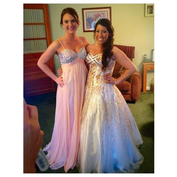 70 off david 39 s bridal dresses skirts prom dress for Last season wedding dresses