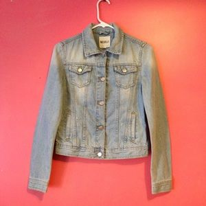 Brandy Melville distressed light wash denim jacket