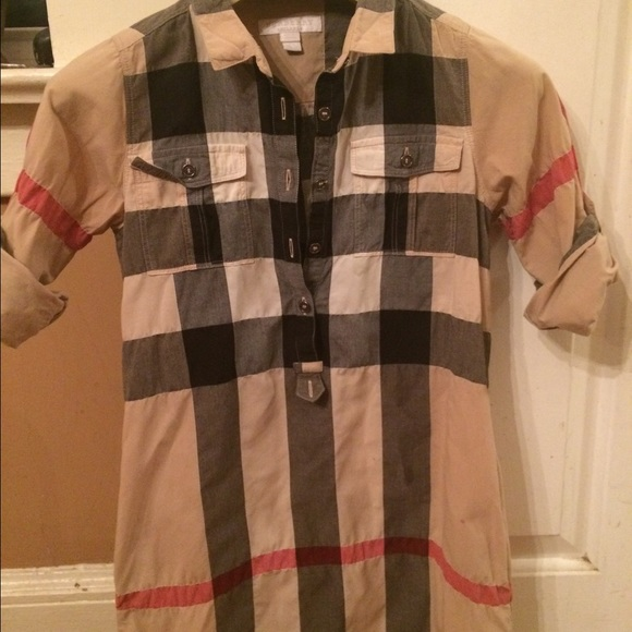 72 off burberry tops bundle 2 burberry dress shirts for