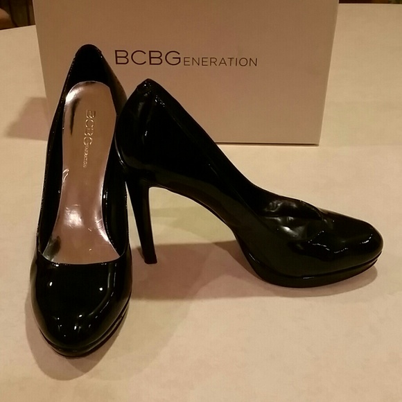 Bcbg Black Patent Leather Round Toe