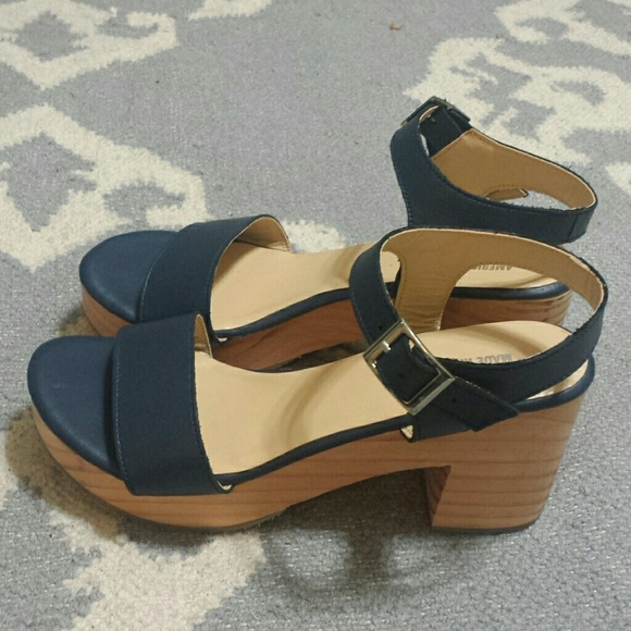 American Apparel Wooden Block Heel Sandals