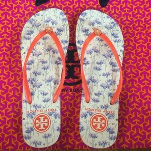 New Tory Burch Flip Flops Sz 9 Floral/Orange