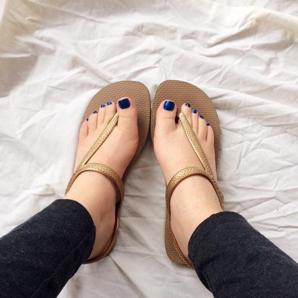 795379c9a Havaianas Shoes - Havaianas Urban Flash Sandal in Gold