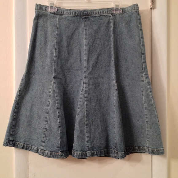 cabela s denim skirt size 12 12 from wendy s closet on