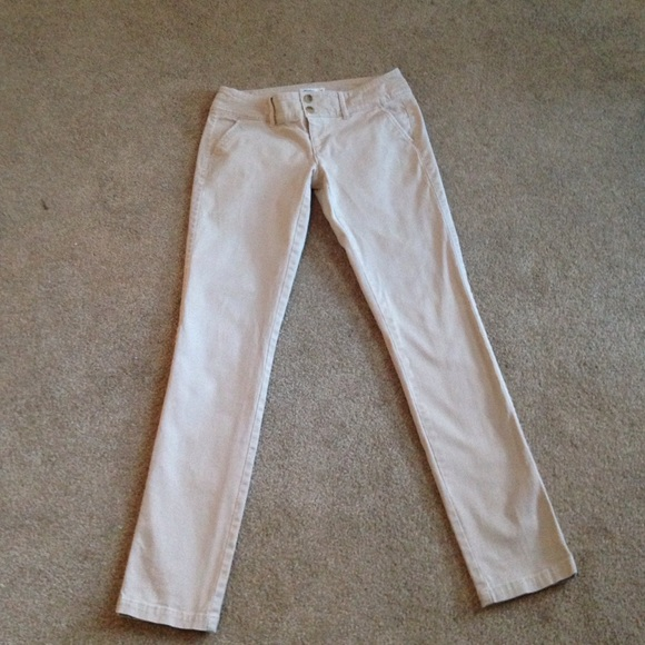 Excellent American Eagle Outfitters Pants  American Eagle Khaki Straight Leg