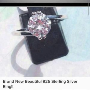 Unknown Jewelry - Brand 🆕 Beautiful 925 Sterling Silver Ring!!