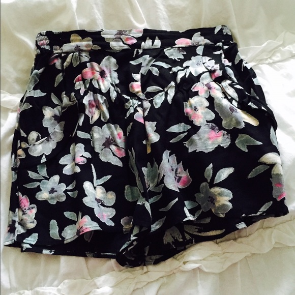 19 off urban outfitters pants urban outfitters floral for Adidas floral shirt urban outfitters