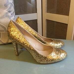 Nine West Shoes - NEW Nine West Gold Sequin Pumps