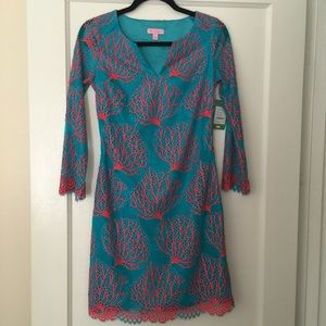 Lilly Pulitzer Dresses & Skirts - RARE Lilly Pulitzer Coral Lace Dress
