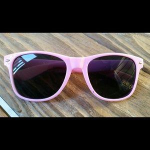 Women Fashion designer pink sunglass