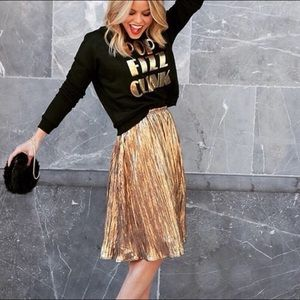 BNWT H&M Gold Pleated Skirt Size 2