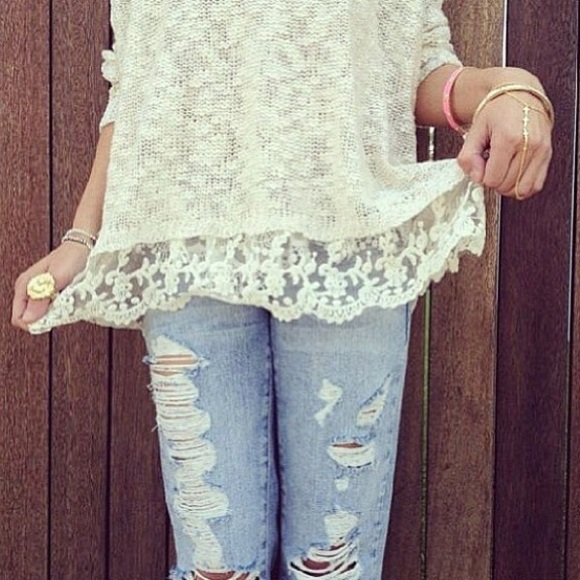 💌SOLD💌 LF Stores Lace Crochet Sweater in Cream