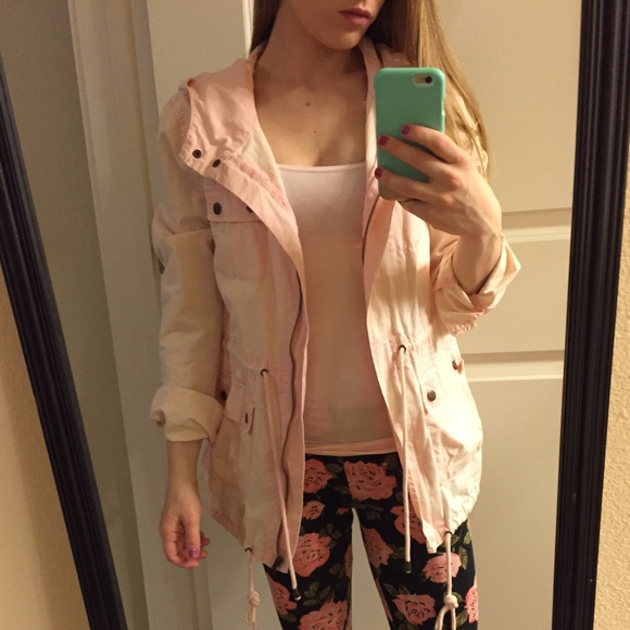 29% off Forever 21 Jackets &amp Blazers - Light pink hooded utility