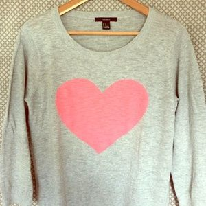 Forever 21 Sweaters - Forever21 Heart Sweater