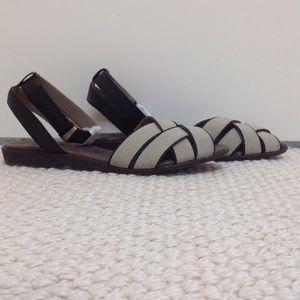 Shoes - OTBT Fairfield Sandal