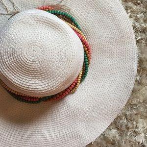 Capelli Accessories - White Floppy Hat