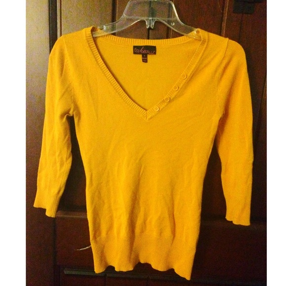Material Girl - ❤️SALE❤️Dark Yellow Sweater from Nina's closet ...