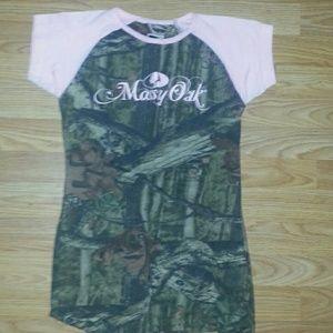Mossy oak shirt