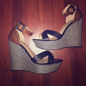 Just Fab™ Size 8 fabulous wedges