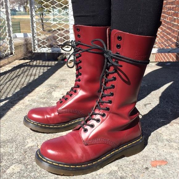 einzigartiges Design Ruf zuerst authentische Qualität Dr. Martens Original Cherry Red 14 Hole Boot