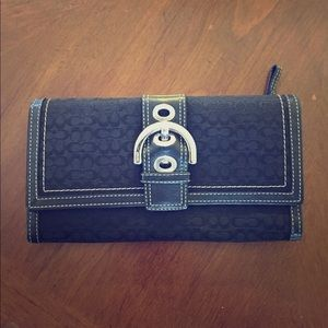 Large coach wallet with buckle (used)