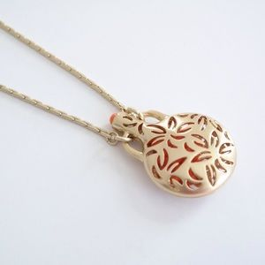 🌟JUST REDUCED🌟Gold & Coral Pendant Necklace
