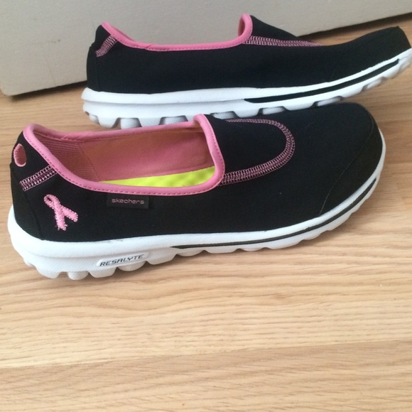 skechers pink ribbon