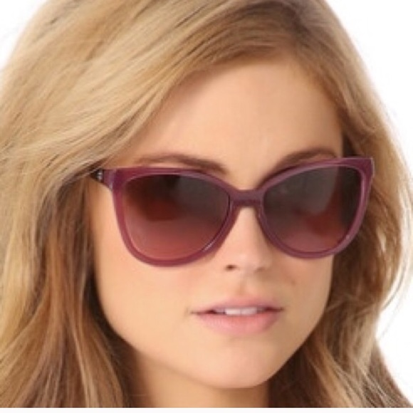 211bccfac047 Tory Burch Accessories | Cateye Folding Sunglasses | Poshmark