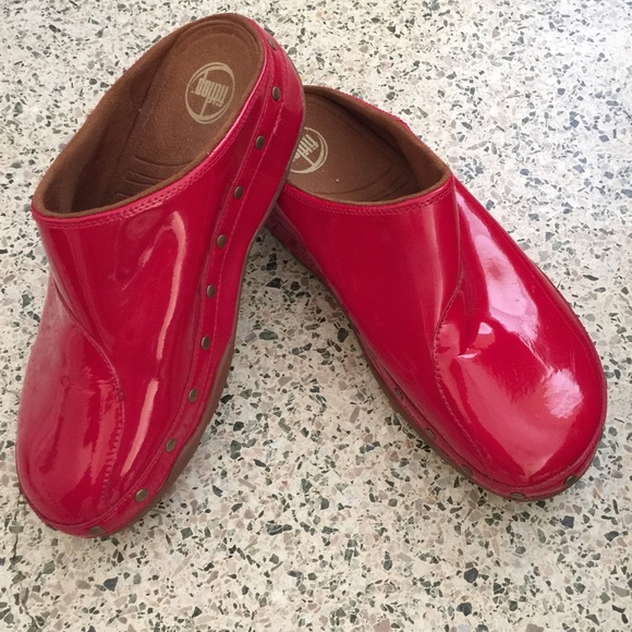Fitflop Gogh Clog In Red Patent Nwot