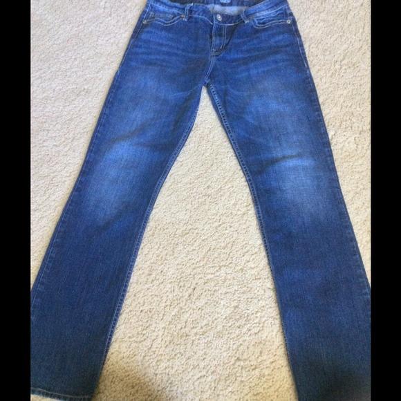 Hirdetések a Eixample. Things (Jeans)