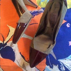 Nicole Miller sz 10 b / 40 heels olive green