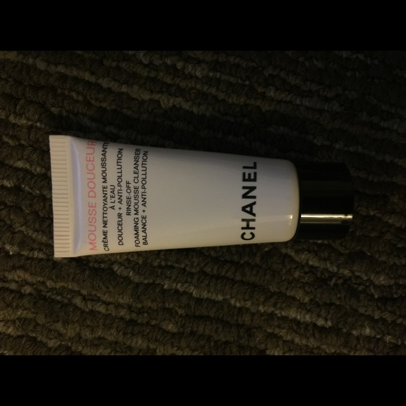 CHANEL Other - Chanel Mousse Douceur Cleanser 0.17 oz