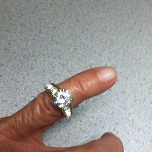 Engagement ring FINAL REDUCTION