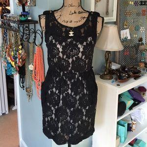 Black Lace Sleeveless Dress