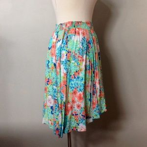 High-low colorful skirt