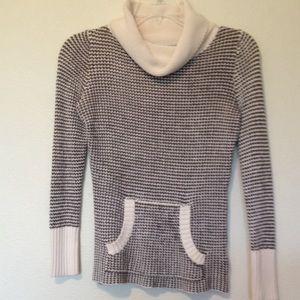 Old Navy medium sweater