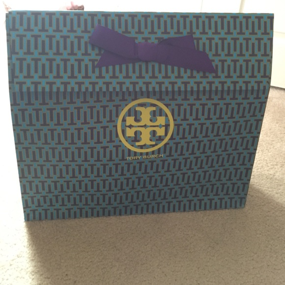 4dd7106b459 Extra large Tory Burch gift bag