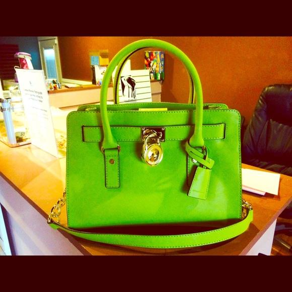 b5204944eba468 Michael Kors Bags | Nwtgorgeous Mk Green Apple Hamilton Bag | Poshmark