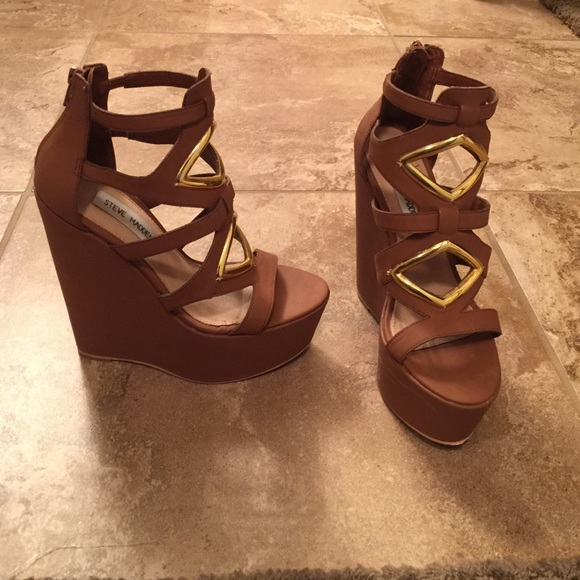 45a27a811b8 Steve Madden wedges 6. M 5512627b01985e689c0025c4. Other Shoes you may like