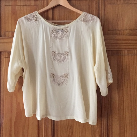 Flowy blouse for spring. FLASH SALE
