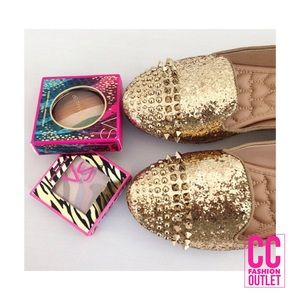 Lowest | NEW! Betsey Johnson Sequin Spiked Flats